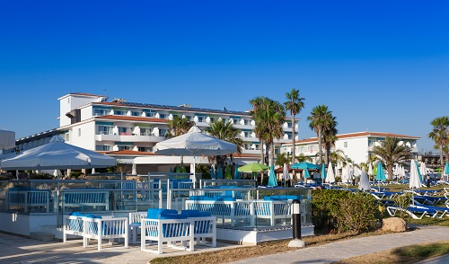 Sentido Cypria Bay 4*: Blue Bar by the sea