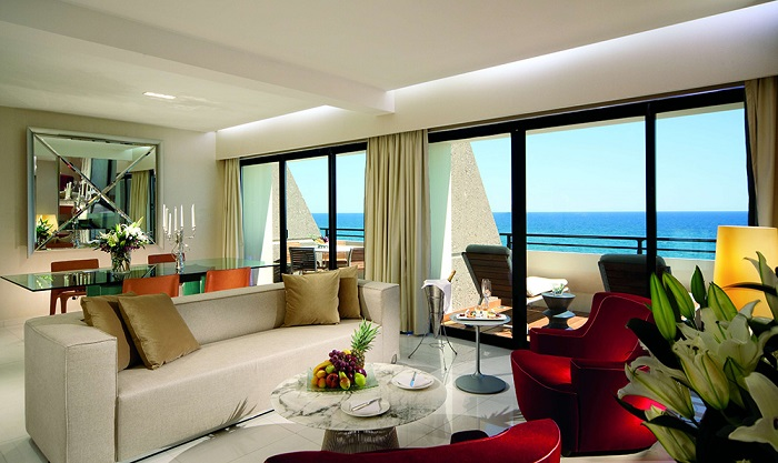 AMATHUS BEACH HOTEL 5* - Presidential Suite living room