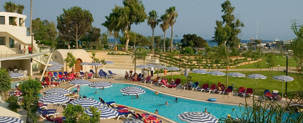 St.Raphael 5* - Executive wing swimming pool